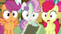 Cutie Mark Crusaders surprised by Kettle Corn's painting S7E21