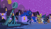 Luna with the catapult S2E04