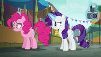 Pinkie Pie looking depressed S6E3