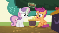 Scootaloo throwing out a banana peel S8E12