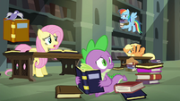 Twilight's friends haven't found anything S4E25