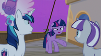 Twilight Sparkle -the cruise ponies are happy- S7E22