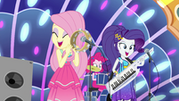 Fluttershy, Pinkie Pie, and Rarity singing EGSB