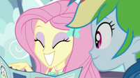 Fluttershy pointing on the park map EGROF