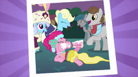 Picture of Pinkie Pie eating cake S2E26