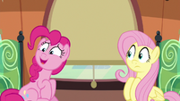 """Pinkie sustaining a nervous """"great..."""" S6E18"""