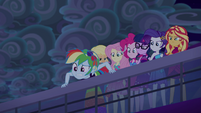 Rainbow Dash looking puzzled at the water EGSB