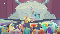 Ponies shocked by magic blast S6E2
