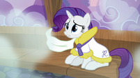 Rarity is surprised S6E10
