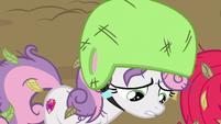 "Sweetie Belle ""it's hard to speak up to older ponies"" S6E14"