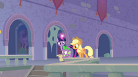 Twilight, Spike and AJ in the catacombs S9E4