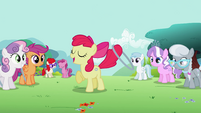 "Apple Bloom ""Now, time for advanced moves!"" S2E6"