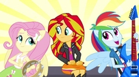 Dash and Fluttershy sing next to Sunset EG2