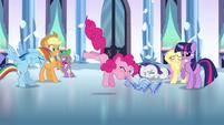 Pinkie Pie playing the flugelhorn S3E1