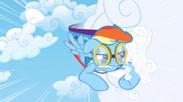 Rainbow Dash cloud compacting 2 S3E07