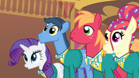 The Ponytones sing 'Got the music' S4E14