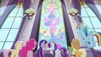 Twilight in stained glass S4E01