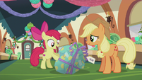 Apple Bloom -your first Pie Hearth's Warmin' present ever!- S5E20