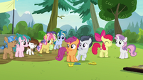 Crusaders and campers encouraging Rumble S7E21