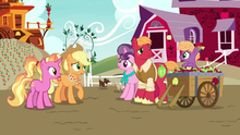 Luster Dawn meets Big McIntosh's family S9E26.png
