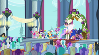 Main 5 and Princesses in Canterlot castle throne room S03E13