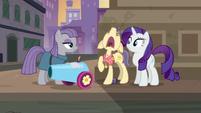 "Pouch Pony wailing ""please!"" S6E3"