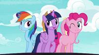 Rainbow, Twilight, and Pinkie Pie on a swivel S7E14