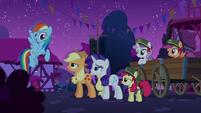 Rainbow Dash --I'll go check-- S6E15