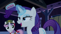 Rarity straightening her mane S6E15
