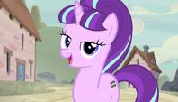 Starlight entrusts ponies to Double Diamond S5E1