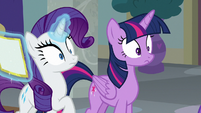 Twilight and Rarity overhear the Young Six S8E16