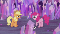 Pinkie Pie -time to hide the presents!- S5E20