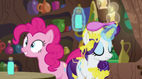 Rarity starts to leave with her shampoo S7E19