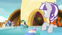 Shining Armor looking sick at the starting line S7E22