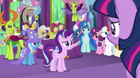 Starlight Glimmer surrounded by friends S7E1