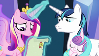 Cadance and Shining read Twilight's letter S9E24