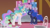 "Luna ""I thought you were bringing it!"" S5E9"