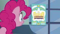 Pinkie --Treat your foal like-...- S5E19