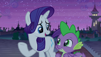 Rarity commending the firework troupe S9E17