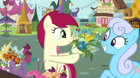 Rose giving flowers to Shoeshine S7E19