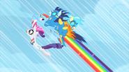S01E16 Rainbow ratuje Rarity i Wonderboltsów