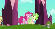 S03E12 Pinkie i Peachbottom wchodzą do królestwa
