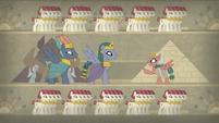 Somnambula talking to Hisan and the pharaoh S7E18