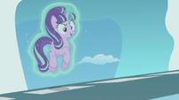 Starlight Glimmer levitating herself S5E25