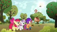Cutie Mark Crusaders see Gabby returning S6E19