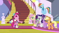 """Pinkie Pie """"I got caught in the crossfire!"""" S9E24"""