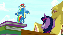 """Rainbow """"because of Pinkie's playing!"""" S8E18"""