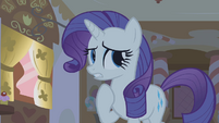 """Rarity """"she lurks by the stores"""" S1E09"""