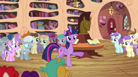 Twilight -thank the Cutie Mark Crusaders- S4E15