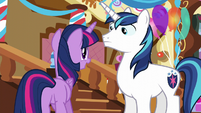 Twilight -there's just one thing missing- S5E19